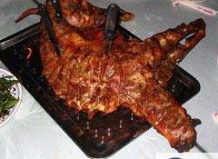 野三坡王牌特色--烤全羊